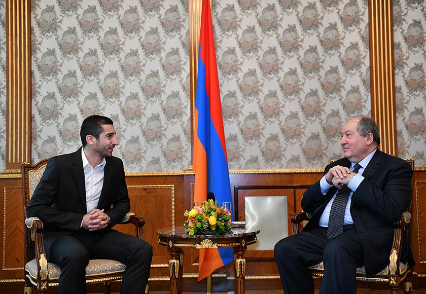 Mkhitaryan Presiden 01
