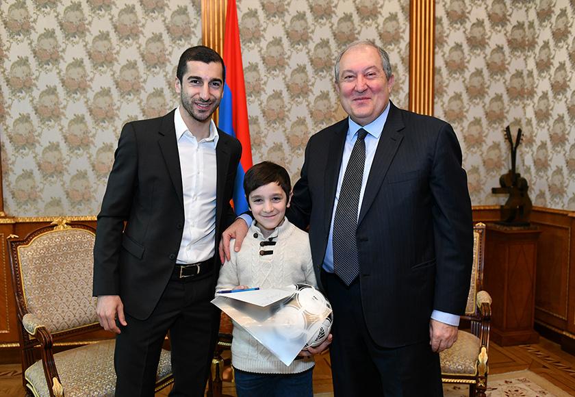 Mkhitaryan President 02