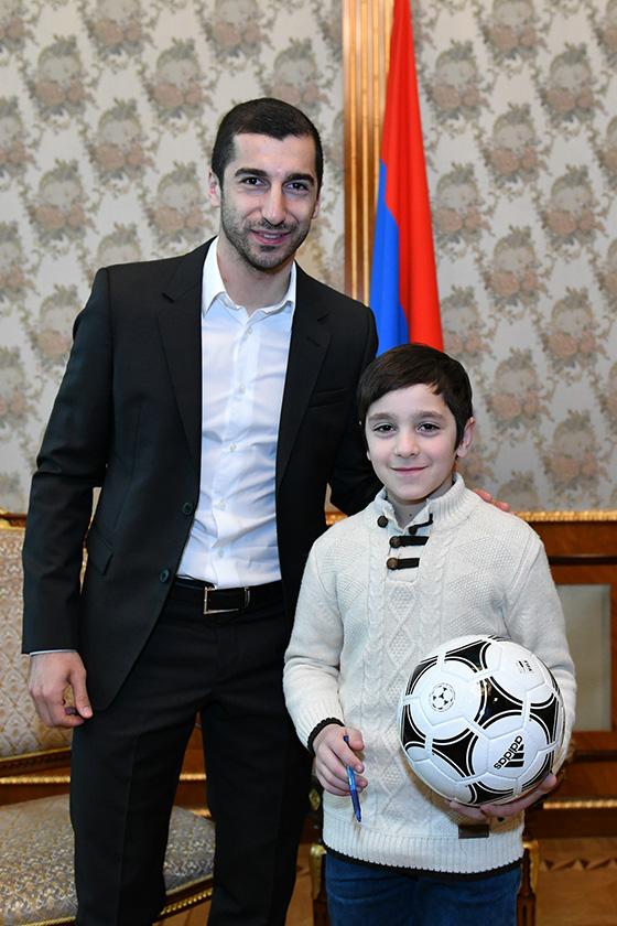 Mkhitaryan President 05 P